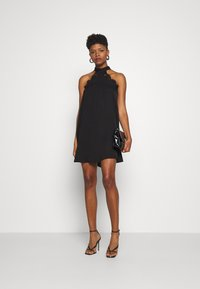 Vero Moda - VMLOVELY HALTERNECK SHORT DRESS - Cocktailkleid/festliches Kleid - black - 1