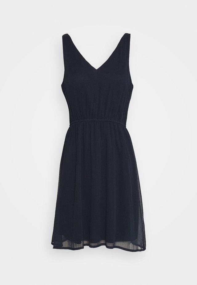 VMWONDA NEW SINGLET SHORT DRESS - Freizeitkleid - navy blazer