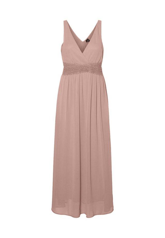 SPITZENHEMDCHEN - Długa sukienka - misty rose