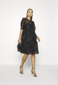 Vero Moda - VMVAVA DRESS - Vestito estivo - black - 1