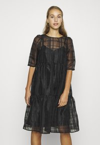 Vero Moda - VMVAVA DRESS - Vestito estivo - black - 0