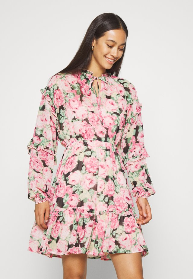 VMCLEO SHORT DRESS  - Sukienka letnia - light pink