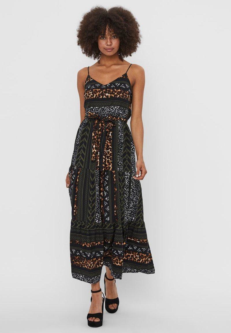 Vero Moda - Vestito lungo - black