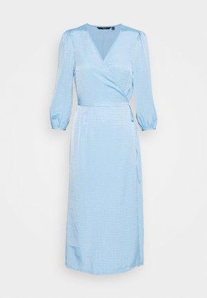 VMLEONORA 3/4 CALF WRAP DRESS - Korte jurk - light blue