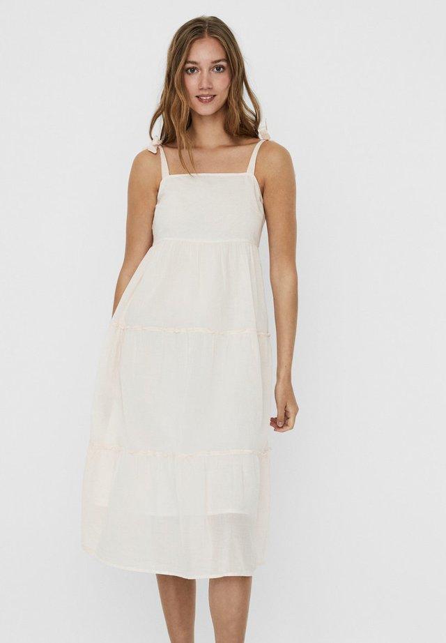 Sukienka letnia - snow white 2