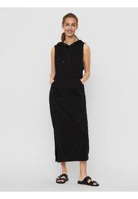 Vero Moda - Vestito di maglina - black - 0