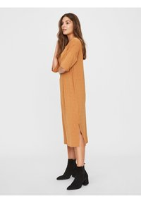 Vero Moda - Vestito di maglina - meerkat - 1