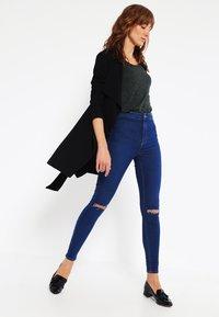 Vero Moda - VMLUA  - Top sdlouhým rukávem - black - 1