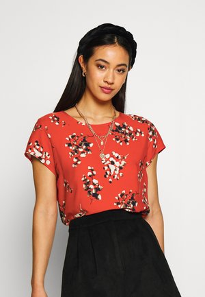 VMBOCA BLOUSE PRINTED - Bluser - aurora red/kissey