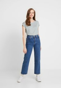 Vero Moda - VMAVA  - T-shirt basic - slate - 1