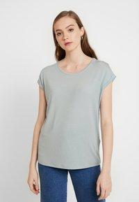 Vero Moda - VMAVA  - T-shirt basic - slate - 0