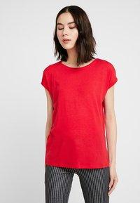 Vero Moda - VMAVA PLAIN - T-shirt basic - chinese red - 0