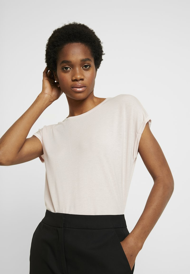 Vero Moda - VMAVA PLAIN - T-shirt basic - sepia rose