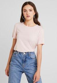 Vero Moda - VMAVA - T-shirt - bas - sepia rose - 0
