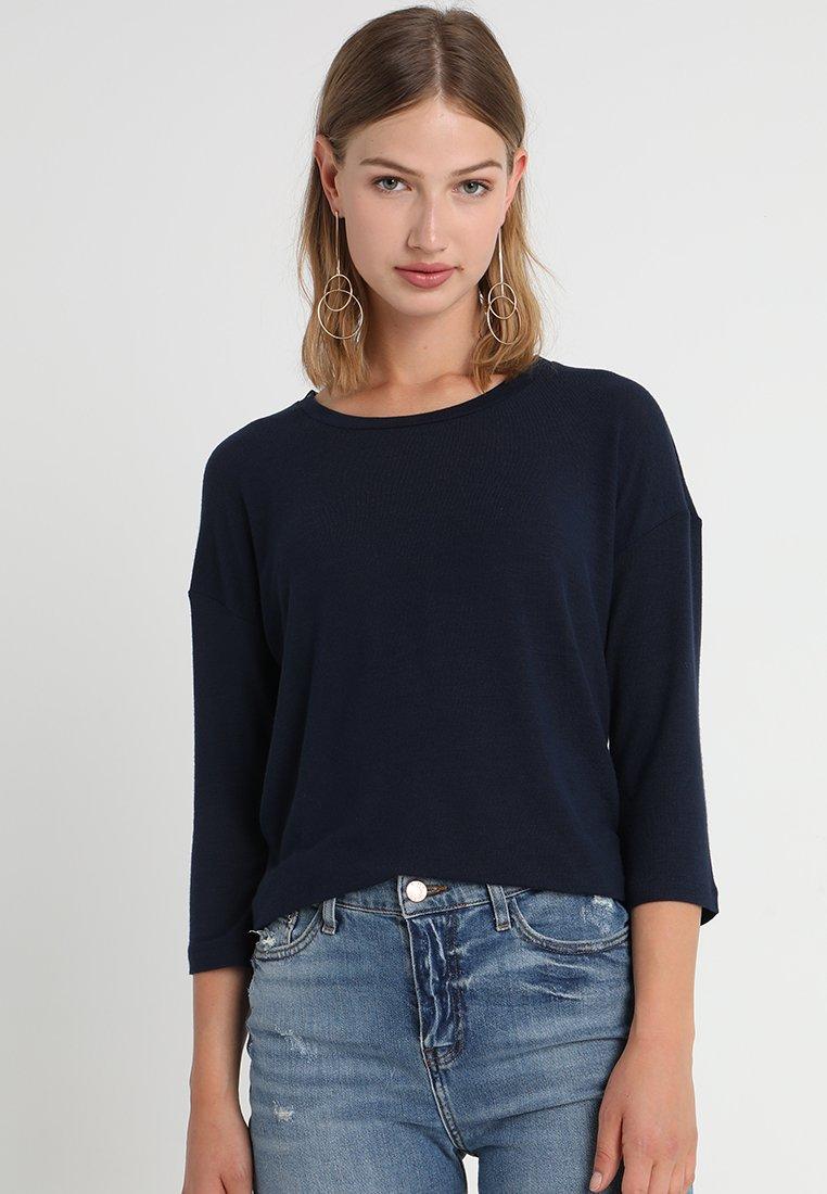 Vero Moda - VMNEVA O-NECK TOP  - Langarmshirt - navy blazer