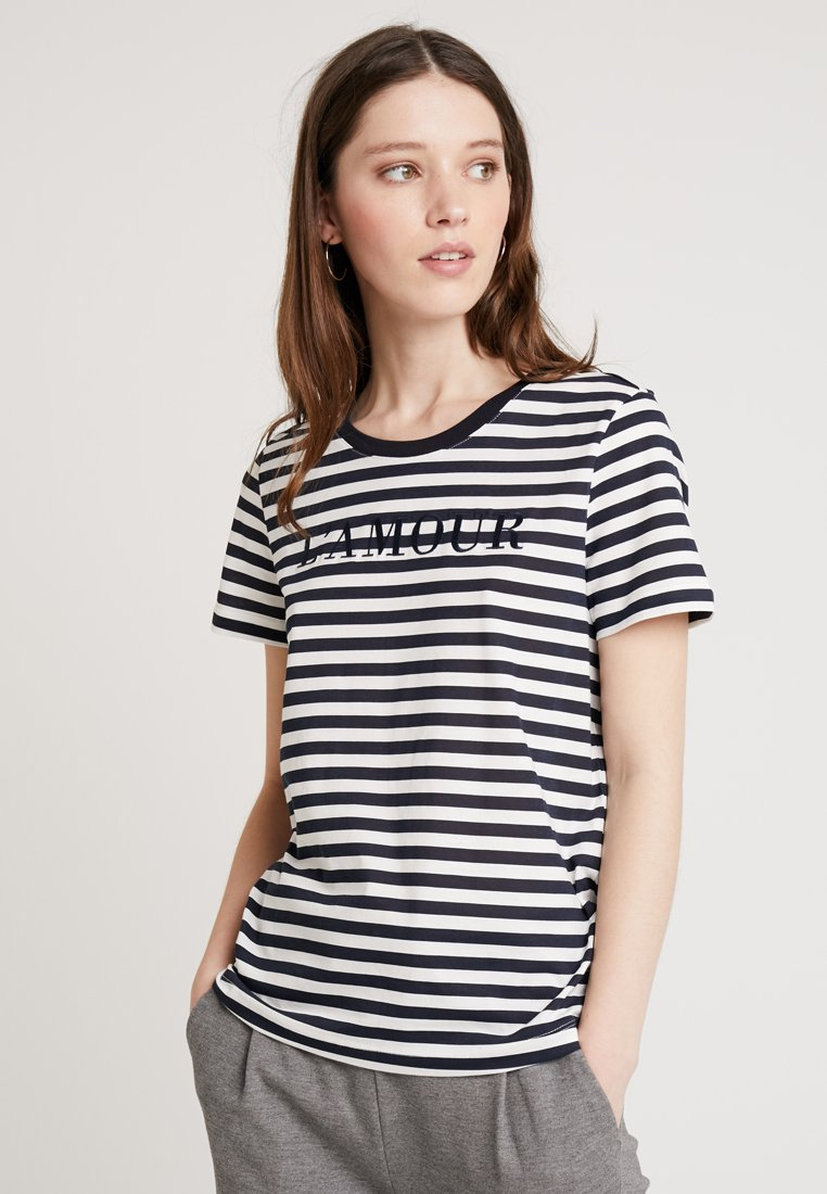 Vero Moda - VMAMOUR FRANCIS TOP BOX - T-Shirt print - night sky/snow white