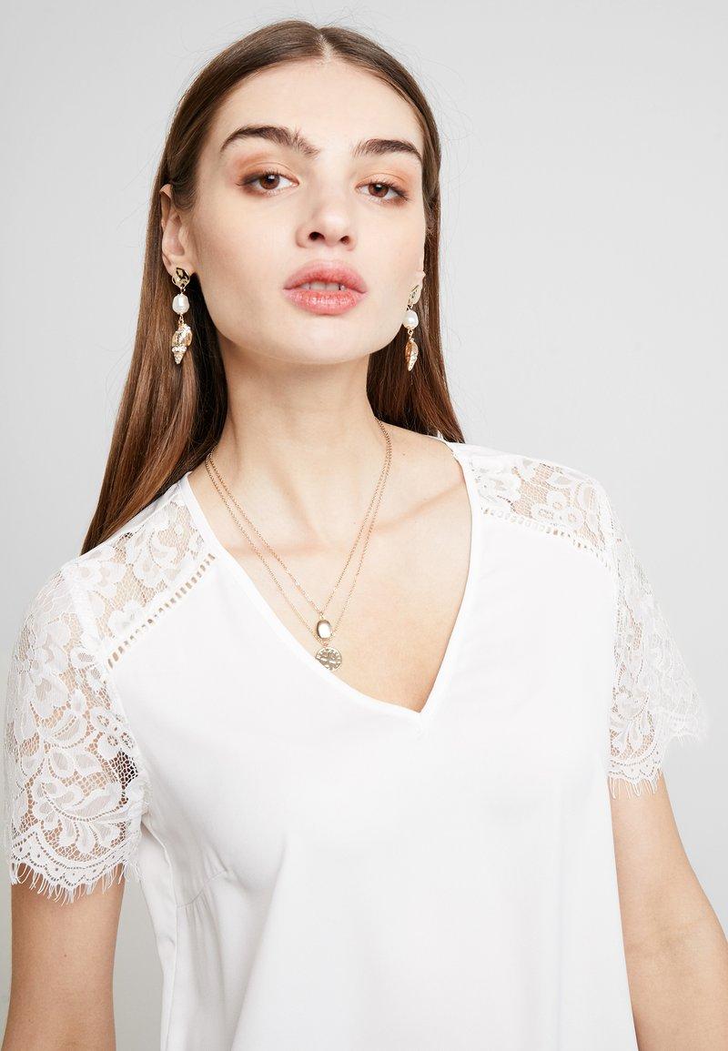 Vero Moda - VMASHLEY - T-Shirt print - snow white