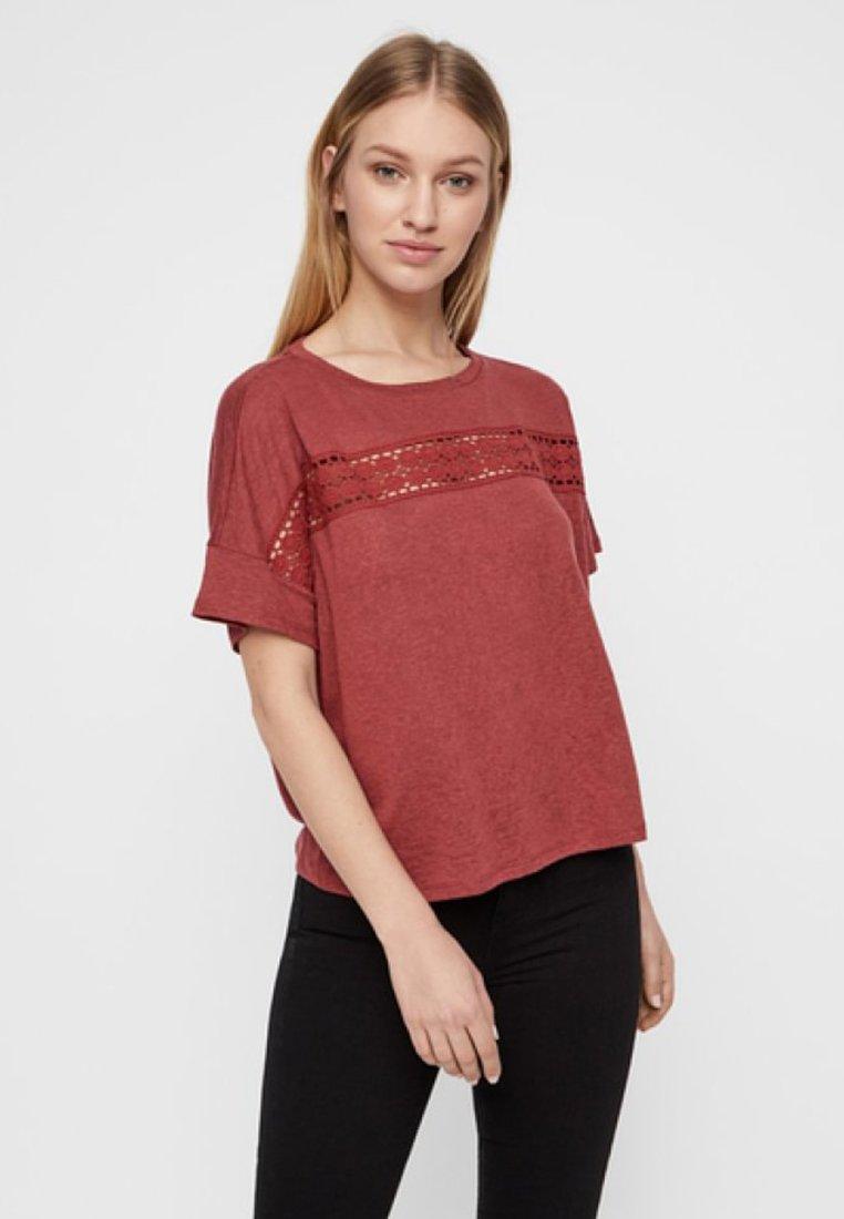 Vero Moda - T-Shirt print - brown