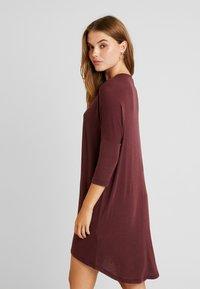 Vero Moda - VMKIA HONIE LOOSE LONG - Jersey dress - port royale - 2