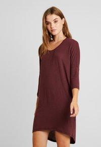 Vero Moda - VMKIA HONIE LOOSE LONG - Jersey dress - port royale - 0