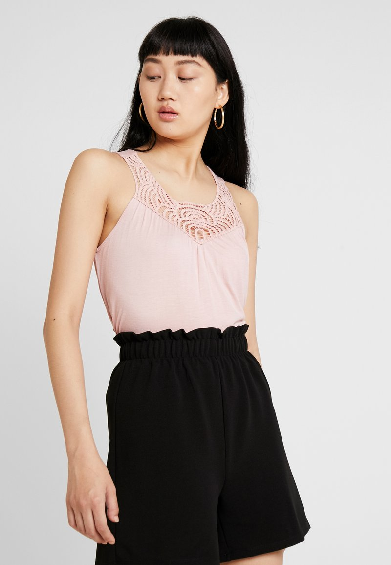 Vero Moda - VMBERTHA EMBROIDERY - Top - misty rose