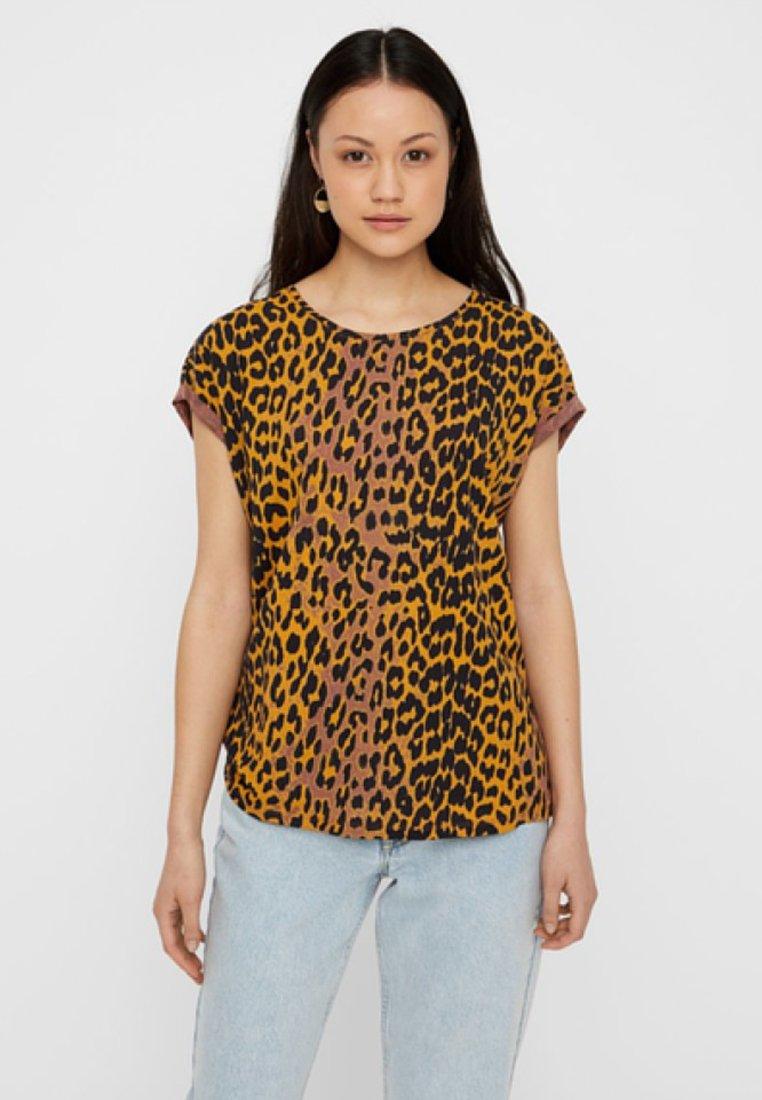 Vero Moda - T-Shirt print - cognac