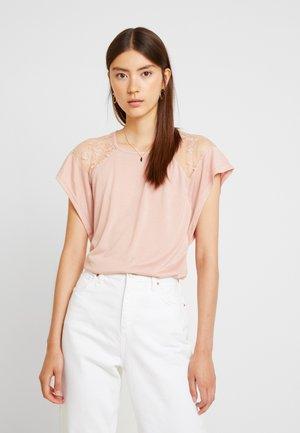 VMKASANDRA  - Print T-shirt - misty rose