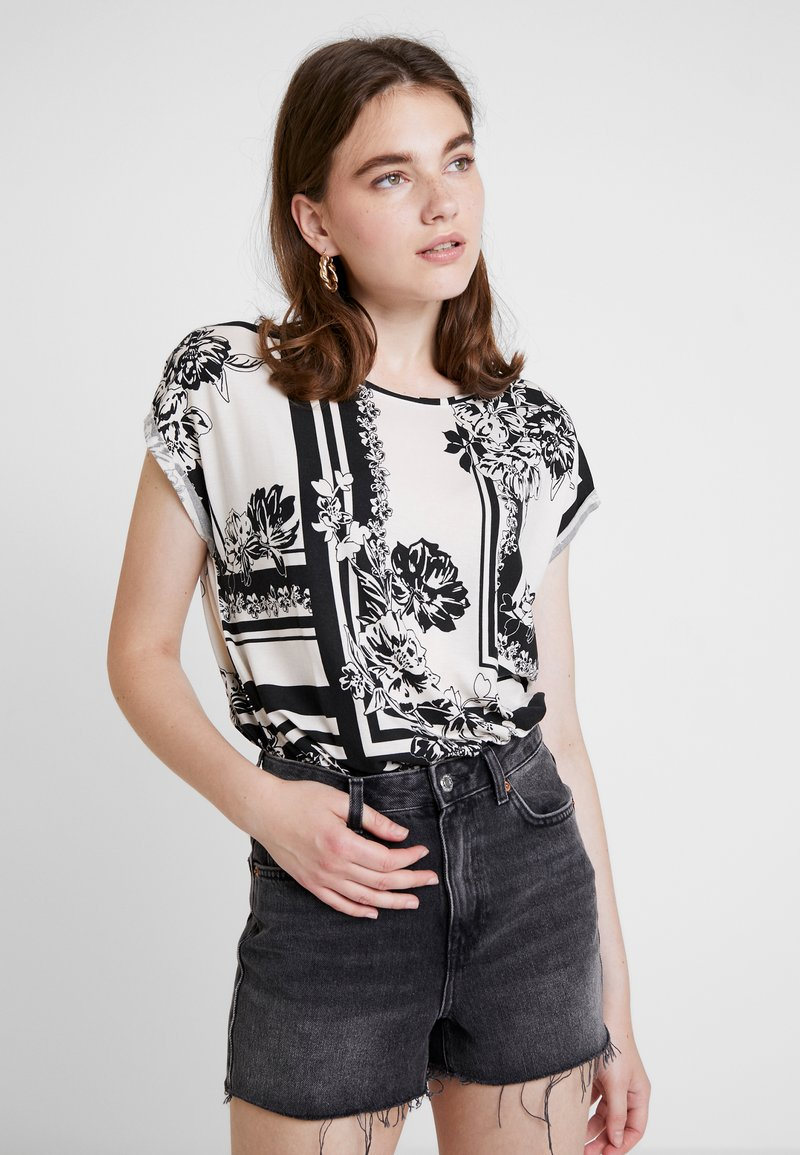 Vero Moda - VMAVA PLAIN MIMI  - T-Shirt print - birch/black