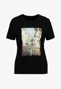 Vero Moda - VMCORLIS OLLY BOX - T-shirt med print - black - 4