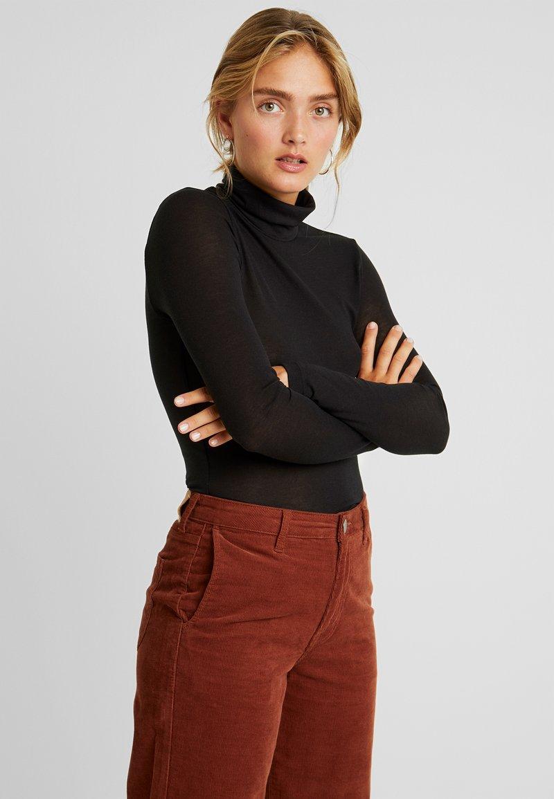 Vero Moda - VMCARLA HIGHNECK TOP - Langærmede T-shirts - black
