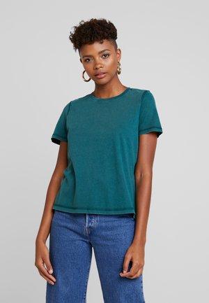 VMCOLINE OLLY BOX - T-Shirt basic - ponderosa pine
