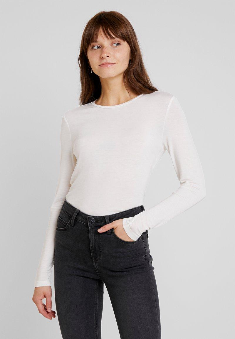 Vero Moda - VMAVA - Långärmad tröja - snow white