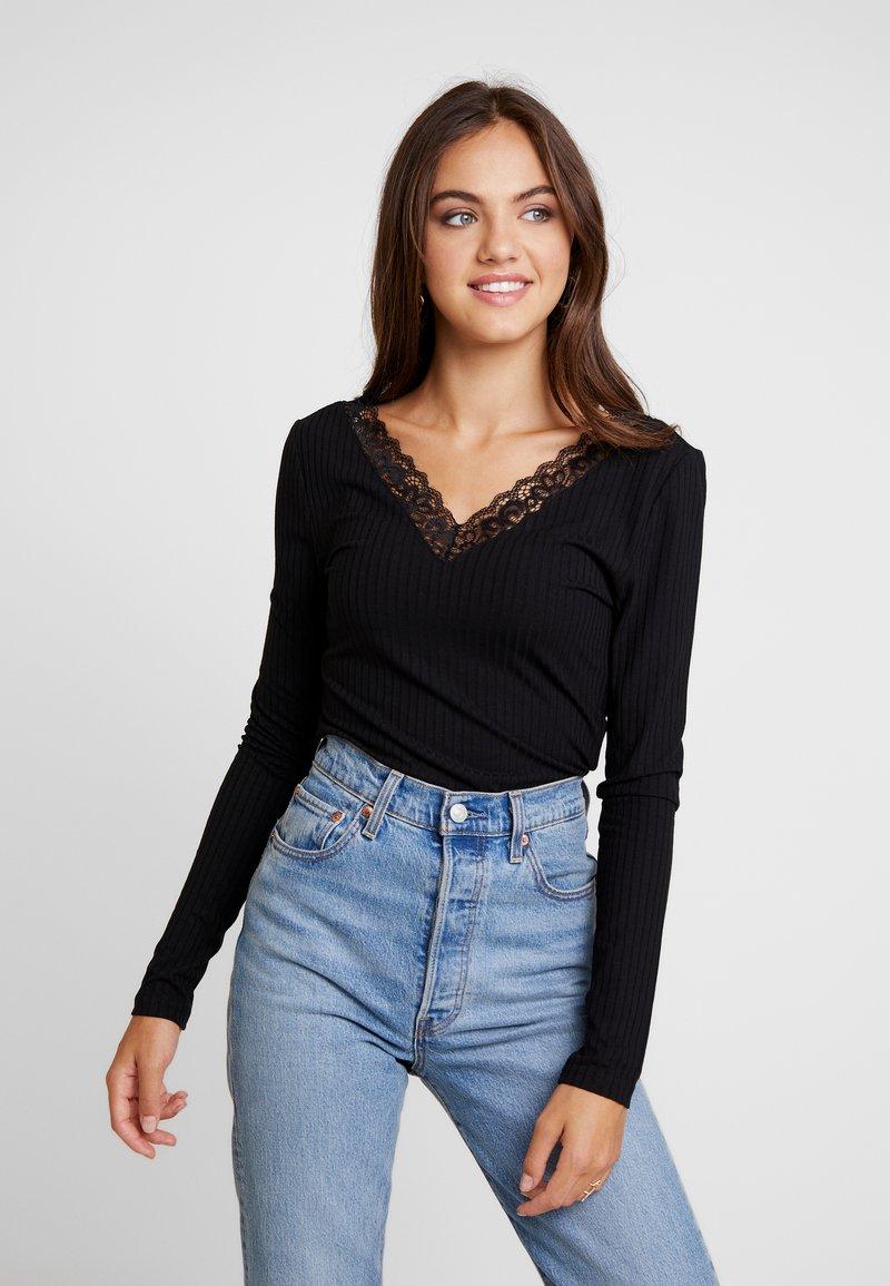Vero Moda - VMHELEN V NECK - Long sleeved top - black