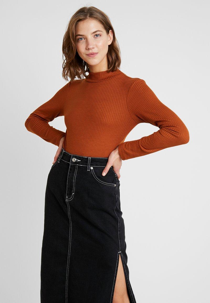 Vero Moda - VMWILMA  HIGH NECK - Top sdlouhým rukávem - caramel café
