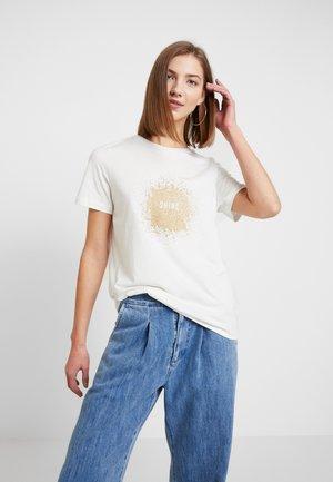 VMMOLLIE PRINTED - Print T-shirt - snow white/gold shine