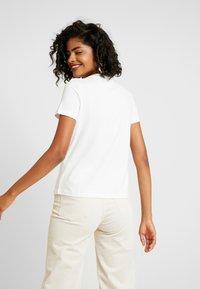 Vero Moda - VMXMAS FRANCIS - Print T-shirt - snow white - 2