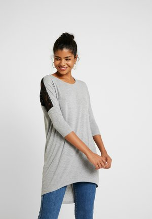 VMMYHONIE LOOSE LONG - Strikkegenser - light grey melange