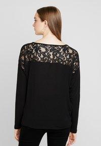 Vero Moda - VMMYHONIE PLEAT - Maglietta a manica lunga - black - 2