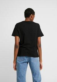 Vero Moda - VMPULPFICTION - T-shirt imprimé - black - 2