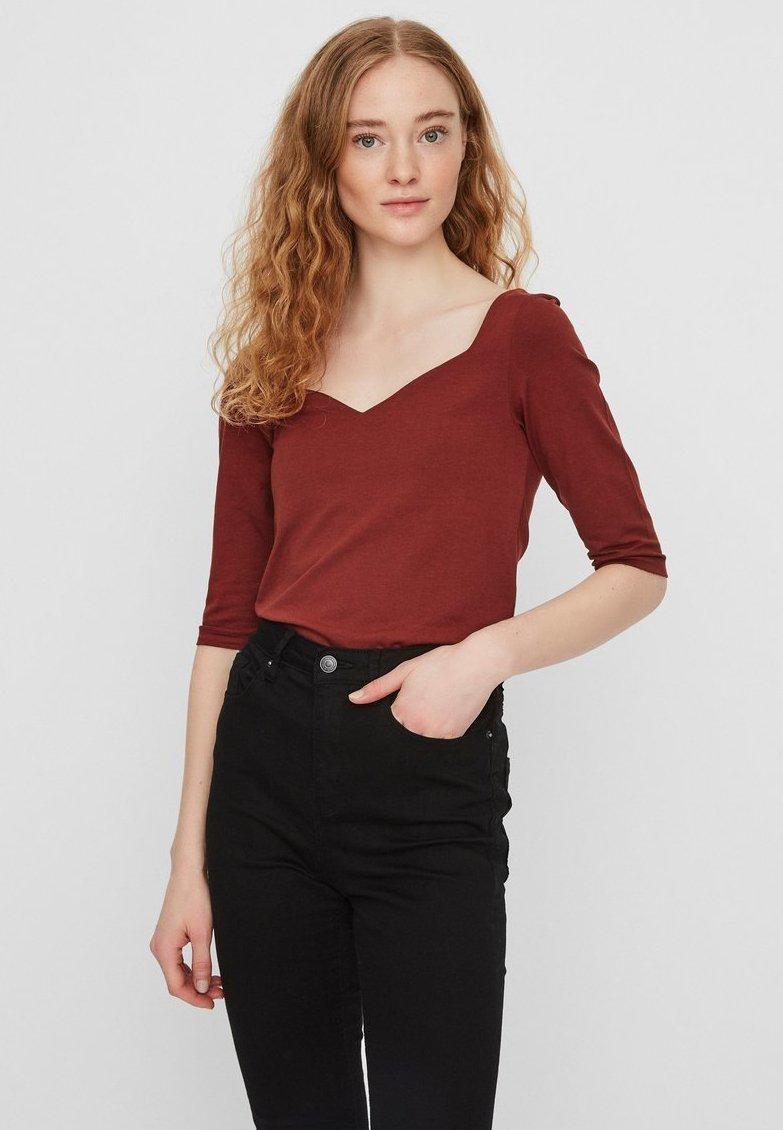 Vero Moda - T-shirt basique - madder brown