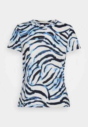 VMKOURTNEY BOX - T-Shirt print - placid blue/kourtney