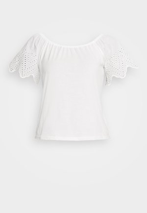 VMNIKITA OFF SHOULDER - T-shirt basic - snow white