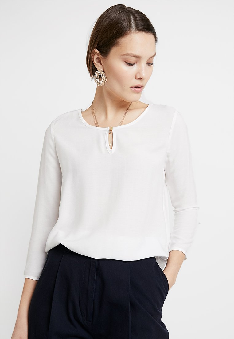 Vero Moda - VMBUCI 3/4 FOLD UP - Bluse - Snow White