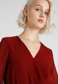 Vero Moda - VMPRETTY BODY - Bluser - cabernet - 3