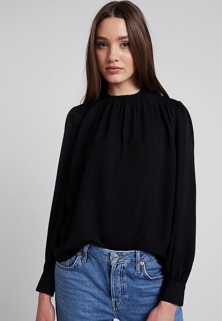 Vero Moda - VMBELLA SMOCK - Blus - black