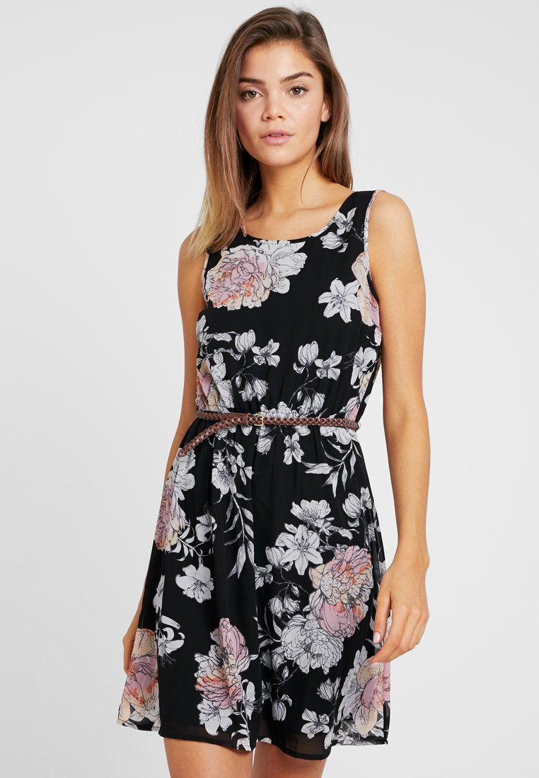 Vero Moda - VMKAYA BELT SHORT DRESS - Freizeitkleid - black/maise