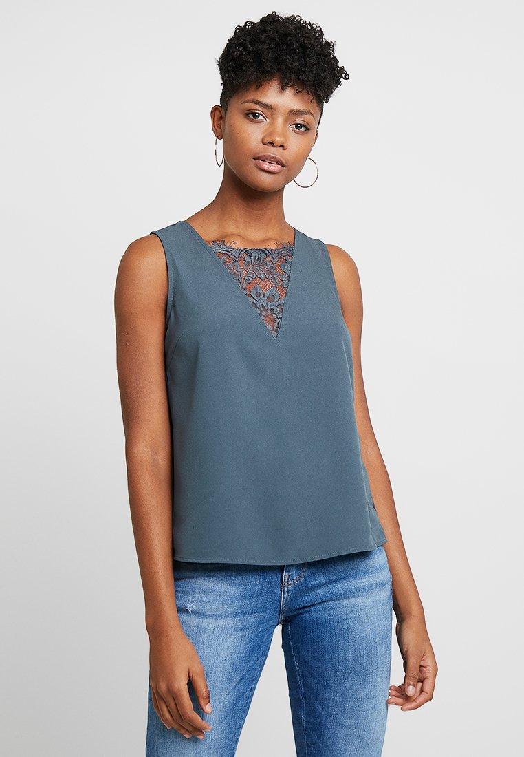 Vero Moda - VMSELINA - Bluse - ombre blue