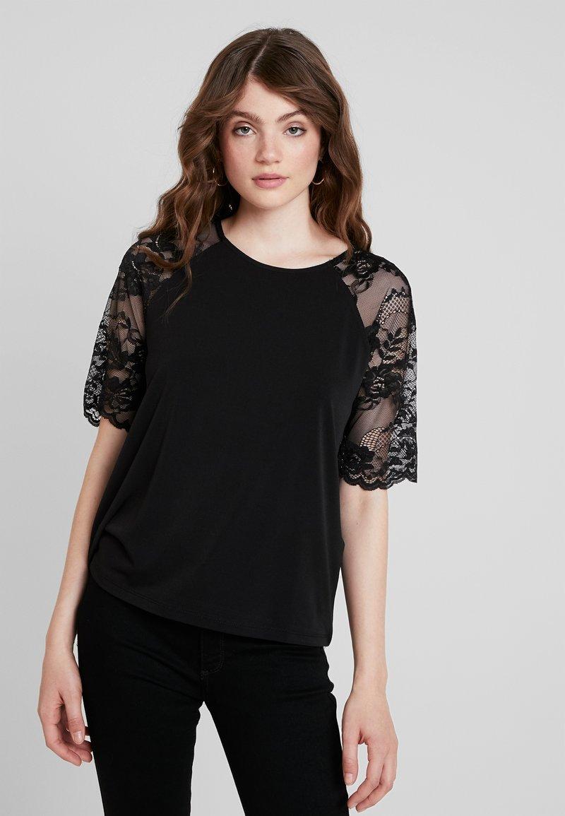 Vero Moda - VMALBERTA - T-shirt imprimé - black