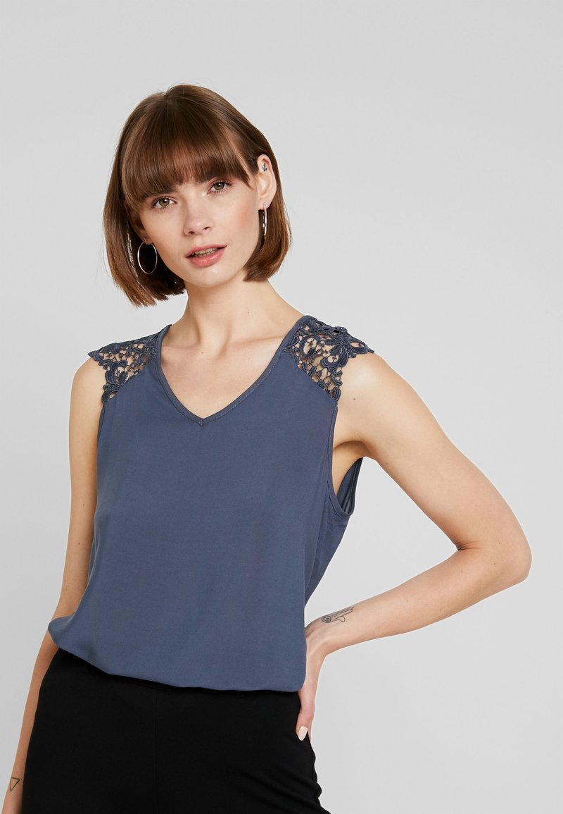 Vero Moda - VMDEPO V NECK INSERT - Bluser - ombre blue