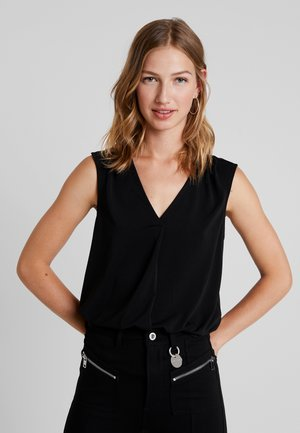 VMMILLA - Blouse - black